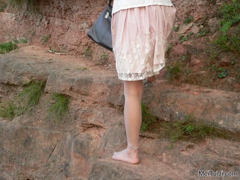 薄丝短裙美女家教图片